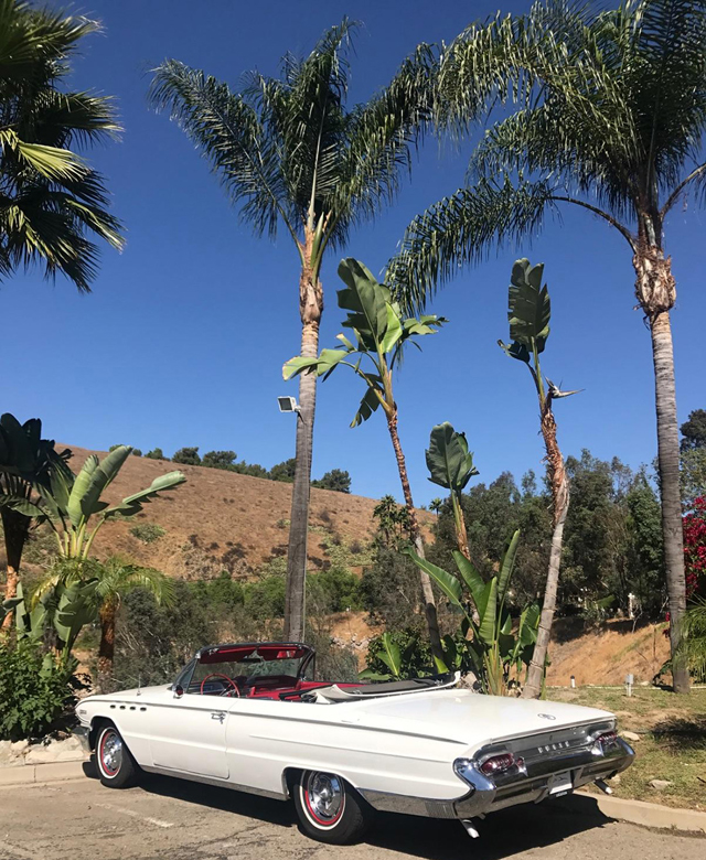1961 Buick Electra Convertible Rent on hill